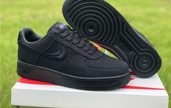 The best selling Jordan 1 Low Black Cyber Shoes