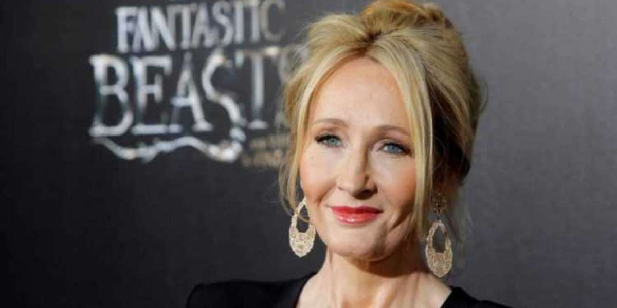 JK Rowling Biography, Books and Life Story